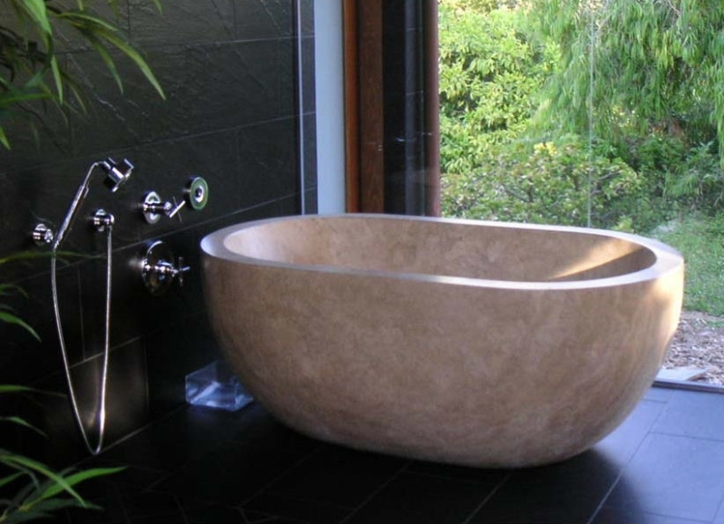 Custom Travertine Bathtub - Serena